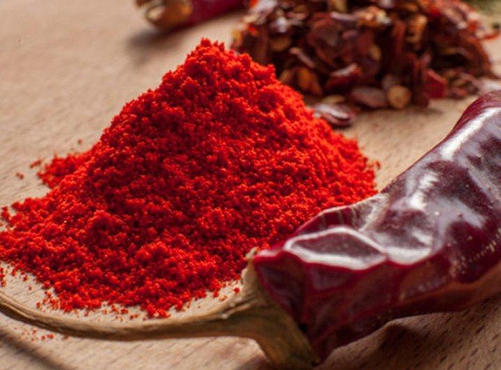 Crvena ljuta paprika u prahu jedan je od najboljih prirodnih razrjeđivača krvi.