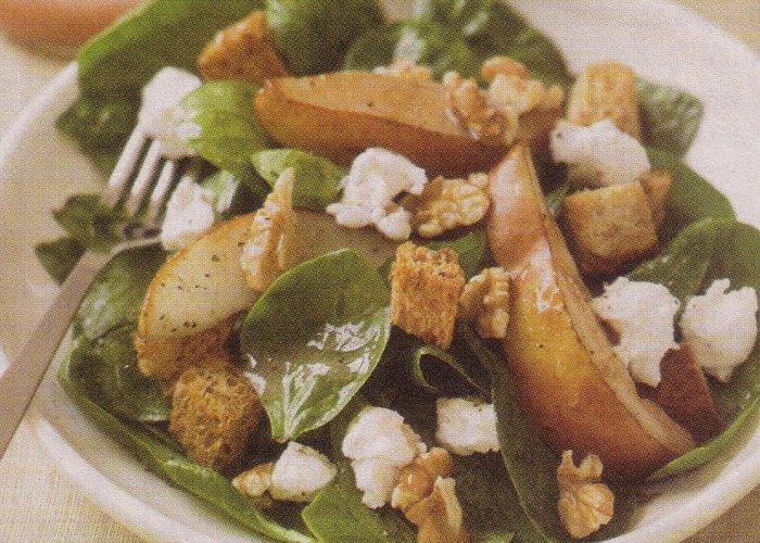 Špinat salata sa kruškama